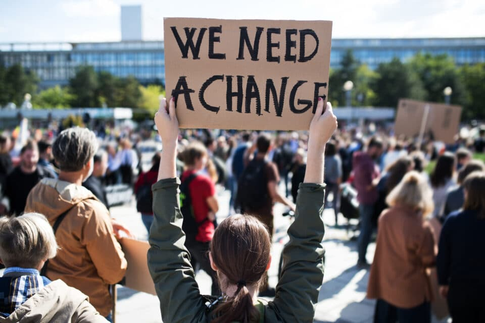 We_need_change